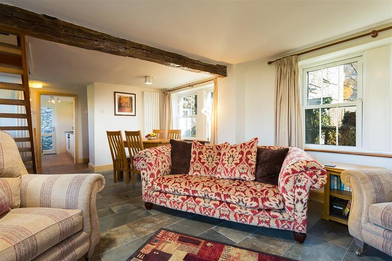 HOLLY GROVE COTTAGE, 2 Bedroom(s), Grasmere, holiday rental in Grasmere
