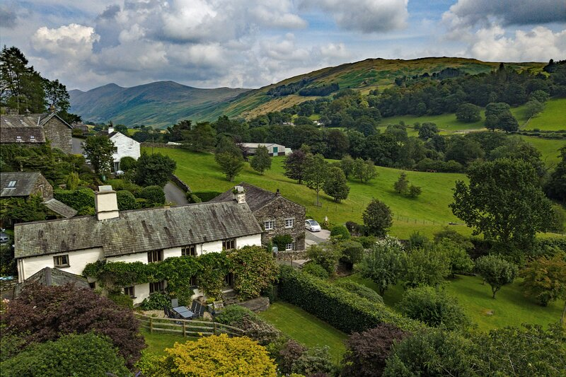 TOWNFOOT FARMHOUSE, 4 Bedroom(s), Troutbeck, holiday rental in Troutbeck