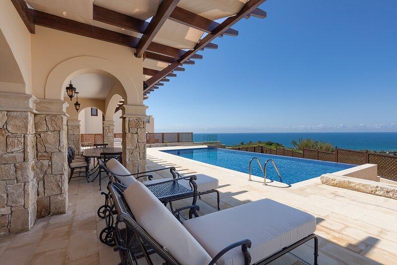 Aphrodite Hills 4 Bedroom Luxury Villa - Athena, alquiler vacacional en Kouklia