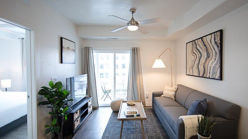 Kasa | Salt Lake City | Charming 1BD/1BA Apartment, location de vacances à West Valley City