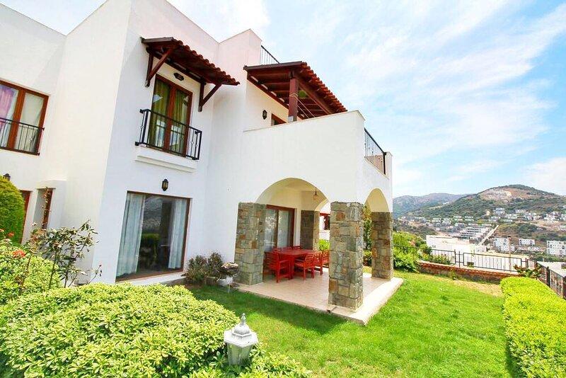 Yalıkavakta Manzaralı Villa Aras, vacation rental in Yalikavak