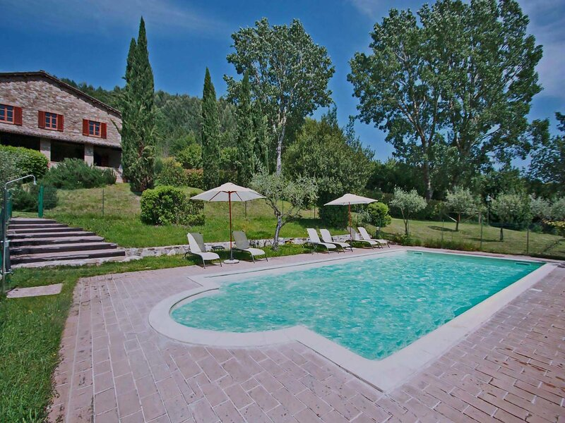 Modern Villa in Assisi with Private Pool, holiday rental in San Presto