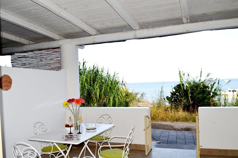 Villa Ginestra Stromboli, holiday rental in Ginostra