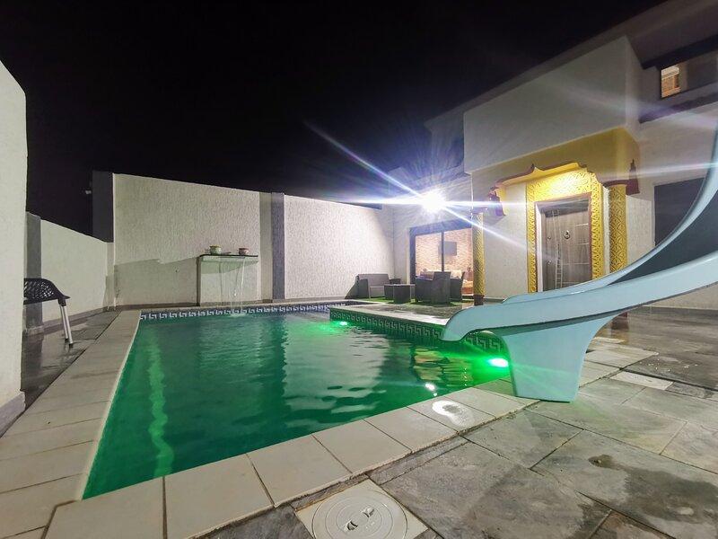 Villa Eden piscine sans vis à vis, vacation rental in Tlemcen