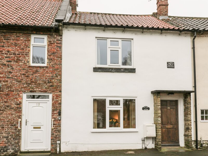 Barnaby Cottage, Hutton Rudby, holiday rental in Potto