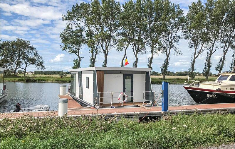 Houseboat Bertan (BVA332), casa vacanza a Lombardsijde