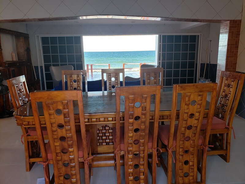 Beautiful Ocean Front Beach House - Relaxation in the Sun!, holiday rental in Sisal