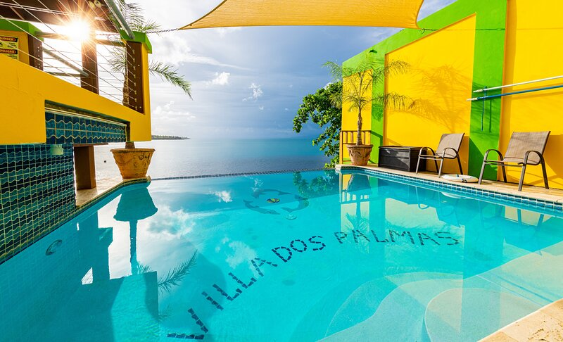 Villa Dos Palmas - Compound - Two Oceanfront Units - Fabulous Pool, holiday rental in Isabel Segunda