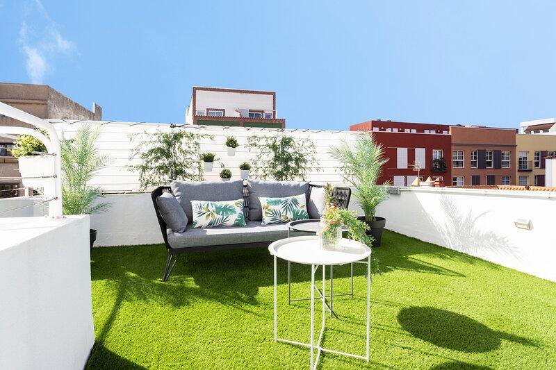 Home2Book El Faro de La Laguna, terrace & wifi, holiday rental in San Cristobal de La Laguna