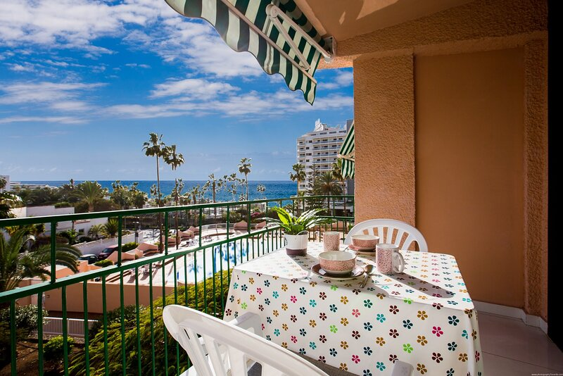 Apartment - 1 Bedroom with Pool, WiFi and Sea views - 108875, holiday rental in La Caldera