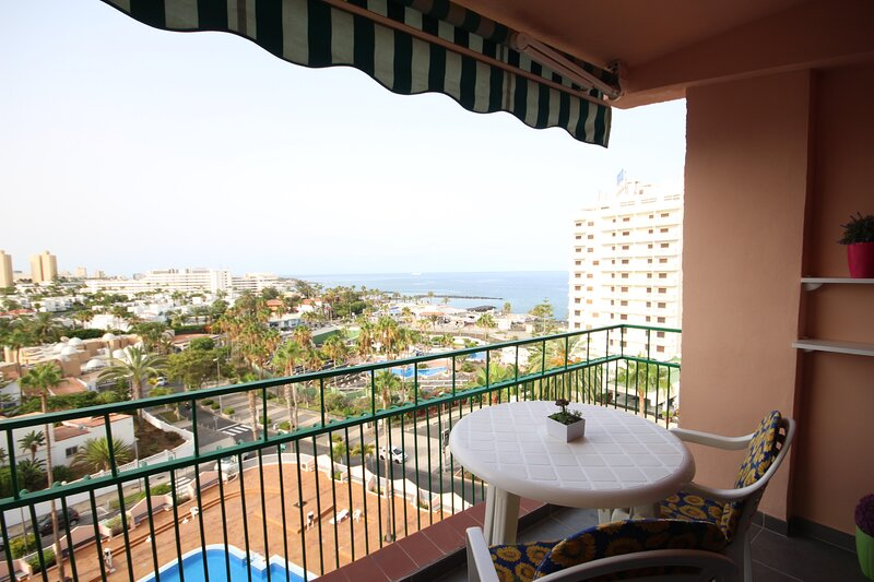 Apartment - 1 Bedroom with Pool, WiFi and Sea views - 108874, holiday rental in La Caldera