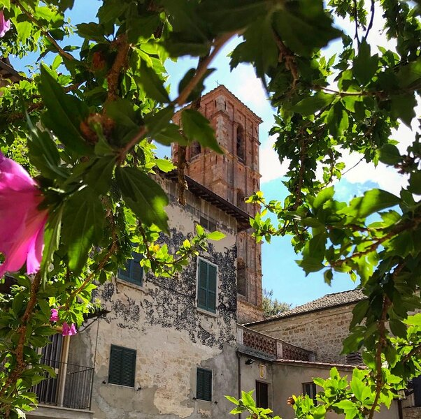 Claves Claustri - Casa Tua in un borgo incantevole della Toscana, holiday rental in Sarteano