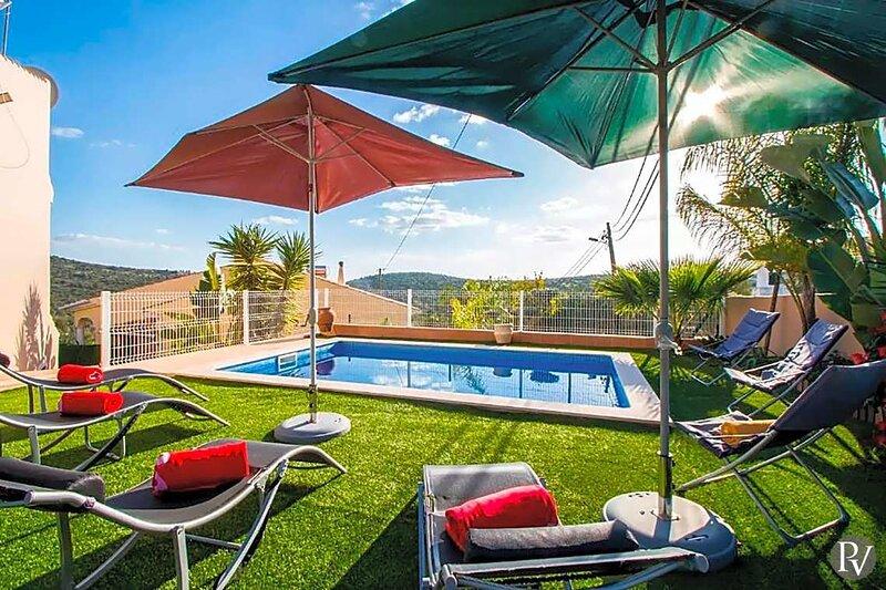 Canada do Parragil Villa Sleeps 8 with Pool Air Con and WiFi - 5875652, casa vacanza a Espargal