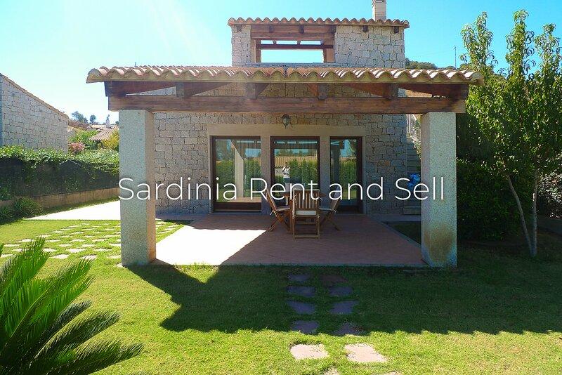 Cala Sinzias, Villa Stella, 4 persone, aria condizionata, 500 metri dal mare, location de vacances à Cala Sinzias