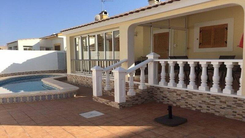 Villa Attride, Playa Flamenca, alquiler vacacional en Playa Flamenca