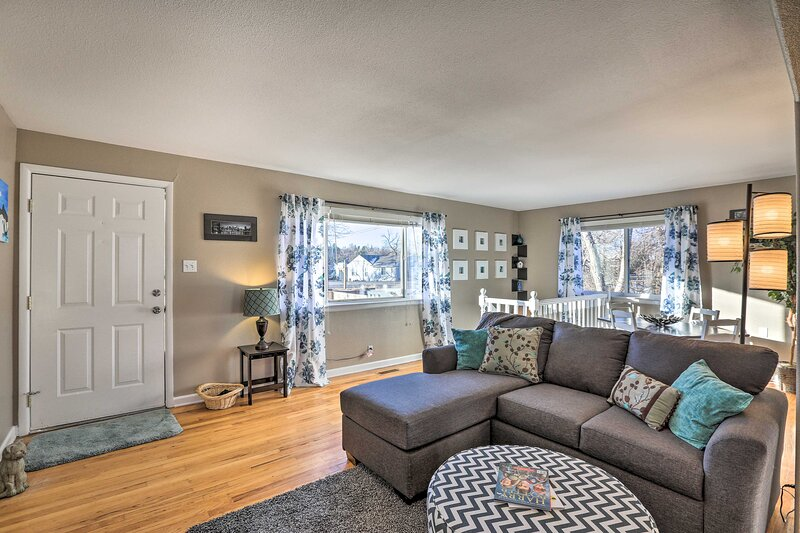 NEW! Denver Area Getaway w/ Yard & Near Breweries!, holiday rental in Wheat Ridge