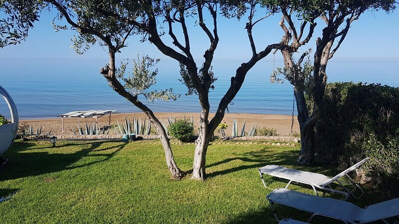 Corfu Glyfada Beachfront 52, holiday rental in Vatos