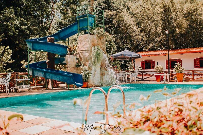Sitio Parque das Águas - Guapimirim, location de vacances à Araras