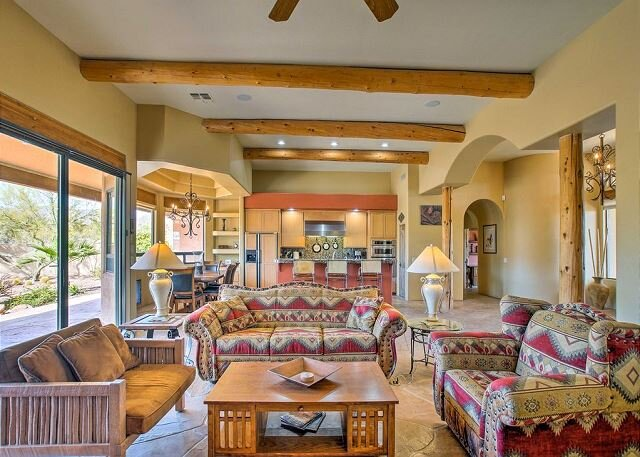 Iconic Desert Home | Private Pool, Outdoor Kitchen | Amazing Mountain Views, holiday rental in New River