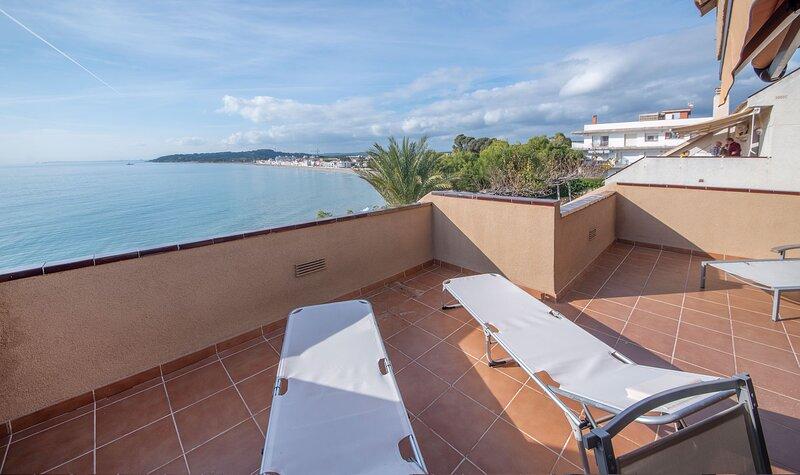 TH131 APARTAMENTO FORTI, holiday rental in La Riera de Gaia