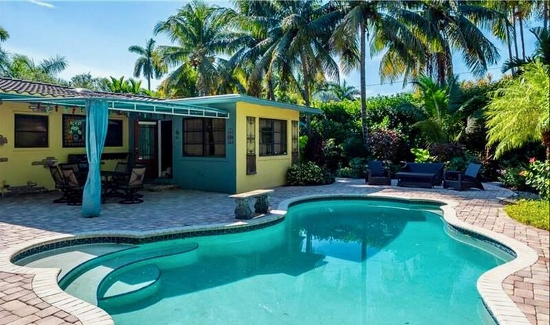 House of Hollywood, vacation rental in Hallandale Beach