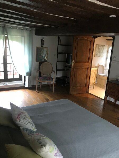 Chambre d'hôte La Pruniere situé à 10minute à pied de la fondation Claude Monet, location de vacances à Mousseaux-sur-Seine