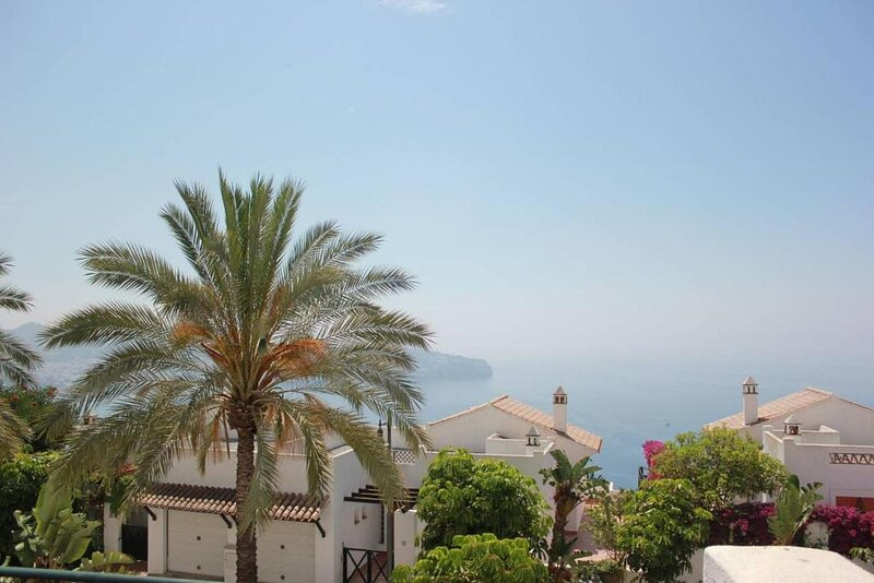 ☀ Scuba House casa familiar para 6 vistas al Med piscina comunal - playa cerca ☀ – semesterbostad i La Herradura