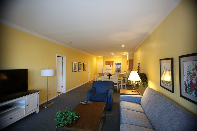 Beautiful Palace View Condo 2BR Standard, vacation rental in Point Lookout