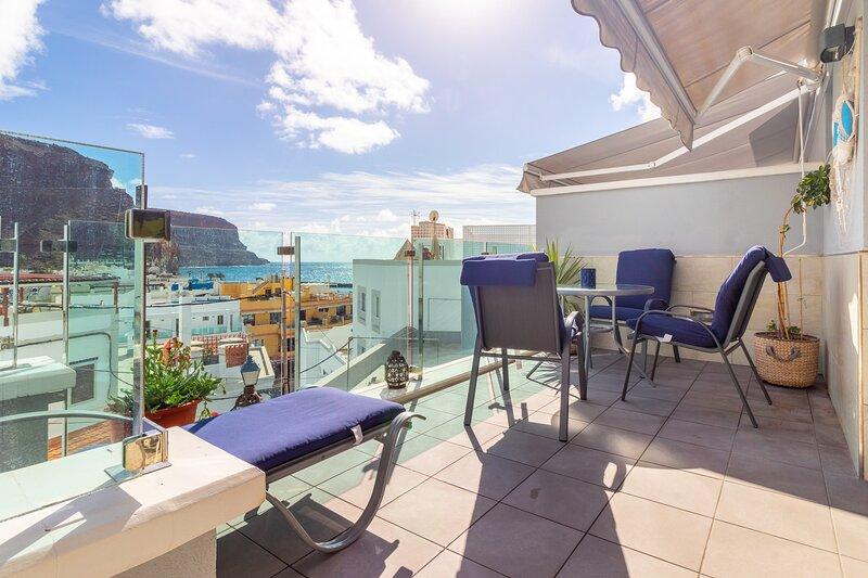 Flatguest Carpe Mogan + Beach + Balcony + WiFi, alquiler de vacaciones en Puerto de Mogán