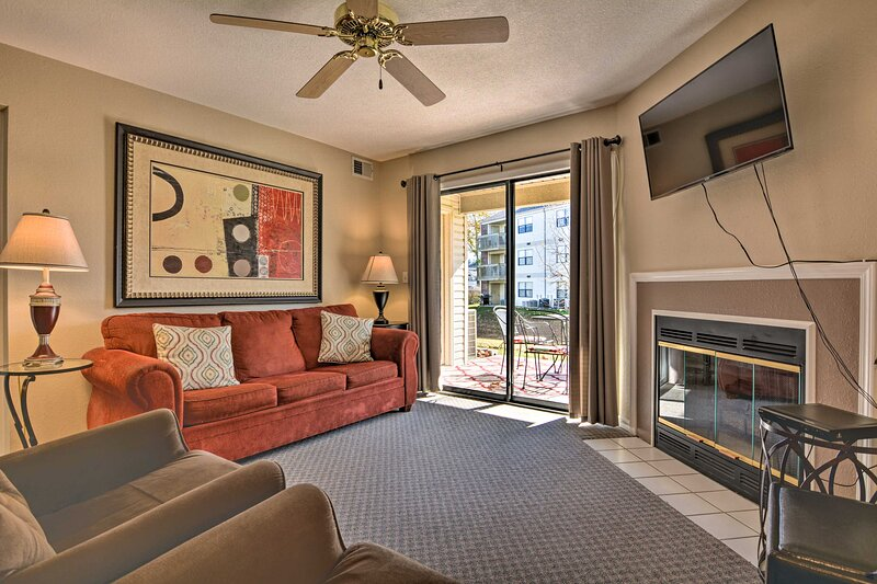 NEW! Branson Resort Retreat by Lake Taneycomo!, vacation rental in Point Lookout