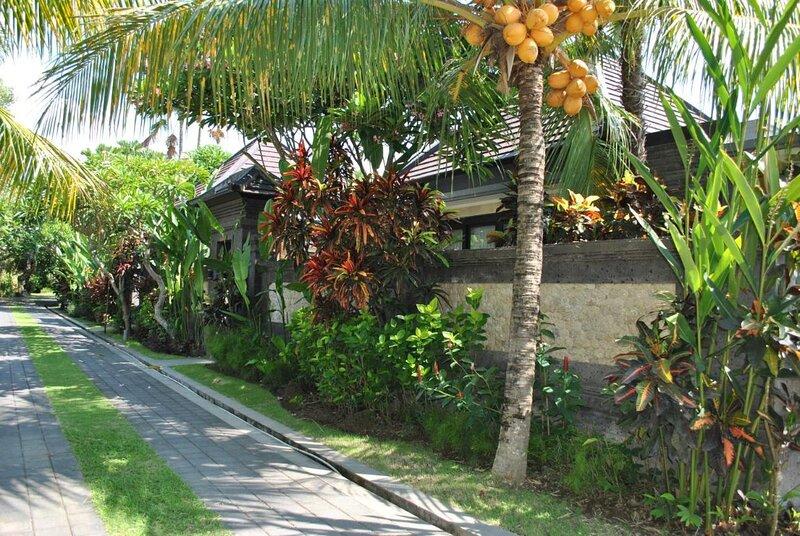 Kori Maharani Villas - Transit Room with Private Pool day-use only, holiday rental in Samplangan