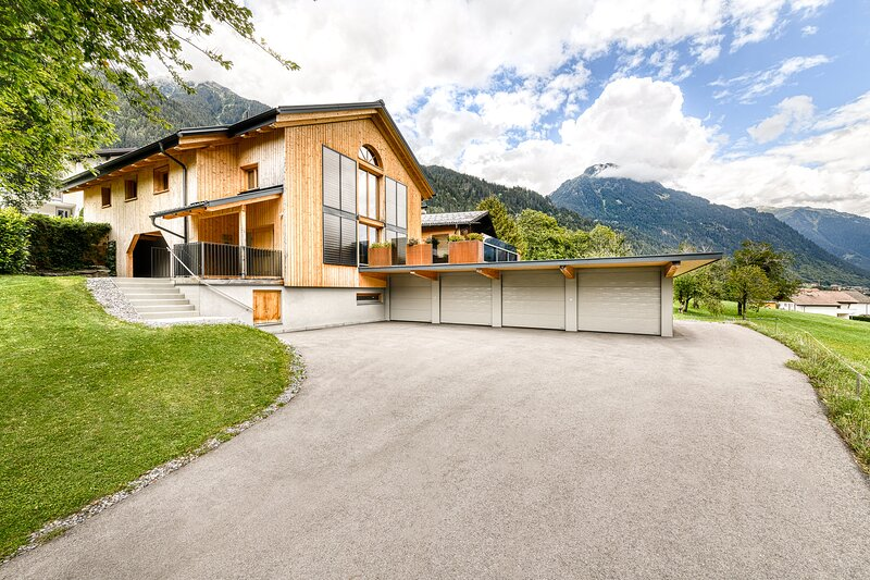 Wellness - Chalet Deluxe Montafon, holiday rental in Sankt Gallenkirch