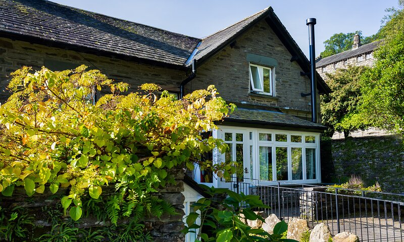 APPLETHWAITE COTTAGE, 2 Bedroom(s), Troutbeck, holiday rental in Troutbeck