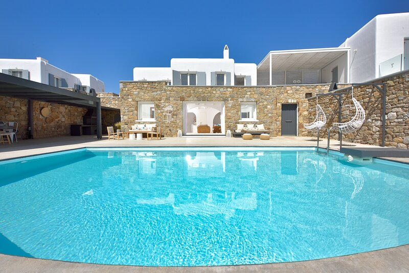 Tohu villa mykonos 2. 3BR With private pool!, holiday rental in Ornos