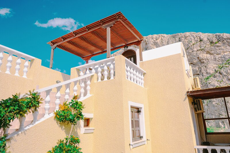 Cave Room under the sky, vacation rental in Perissa
