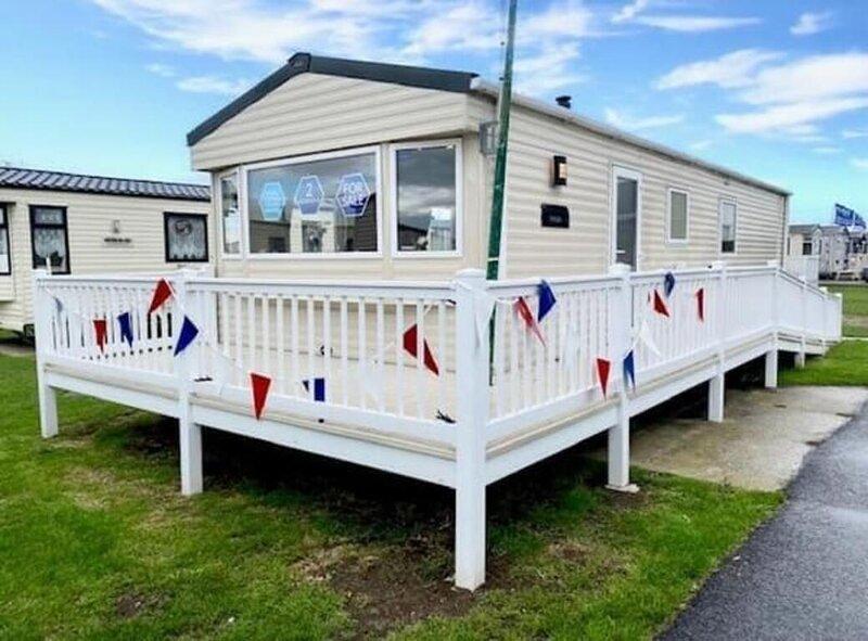 Beautiful 2-Bed Caravan in Clacton-on-Sea, location de vacances à Little Clacton