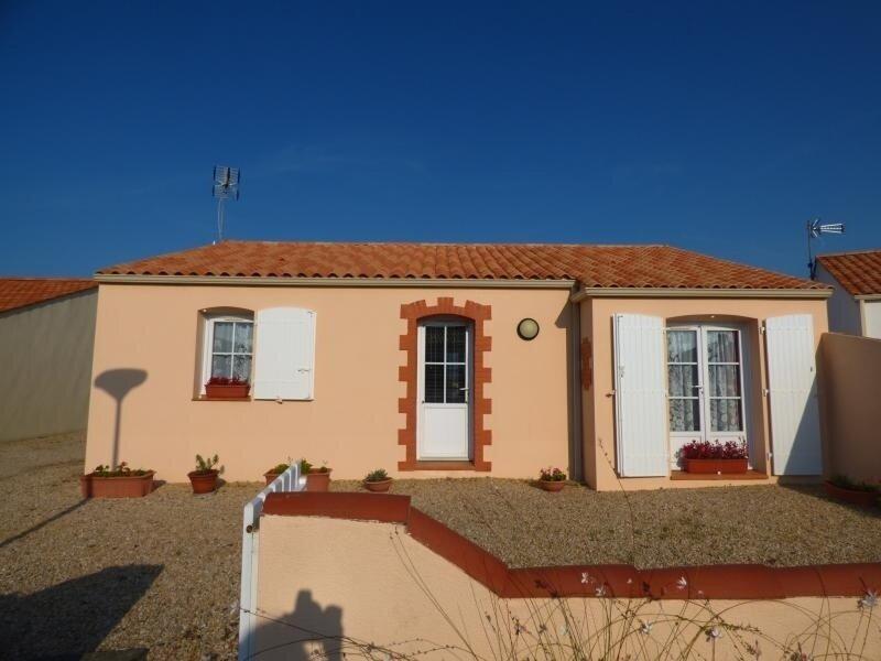 Maison au calme à 5 mn de St Gilles Croix de Vie, holiday rental in L'Aiguillon-sur-Vie