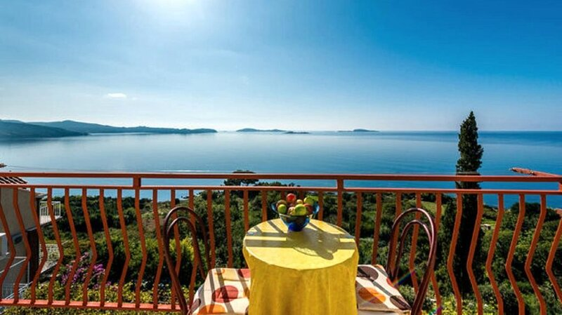Guest House Fontana - Studio Apartment with Sea View (2 Adults), holiday rental in Soline