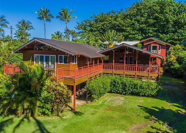 Your own Private Tropical Paradise.   TVR #1017/1018, holiday rental in Hanalei