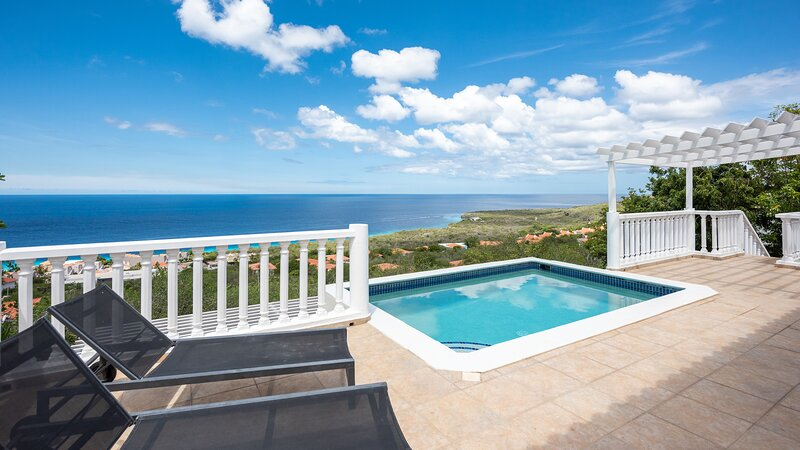 Villa Coral Bay, holiday rental in Sint Willibrordus