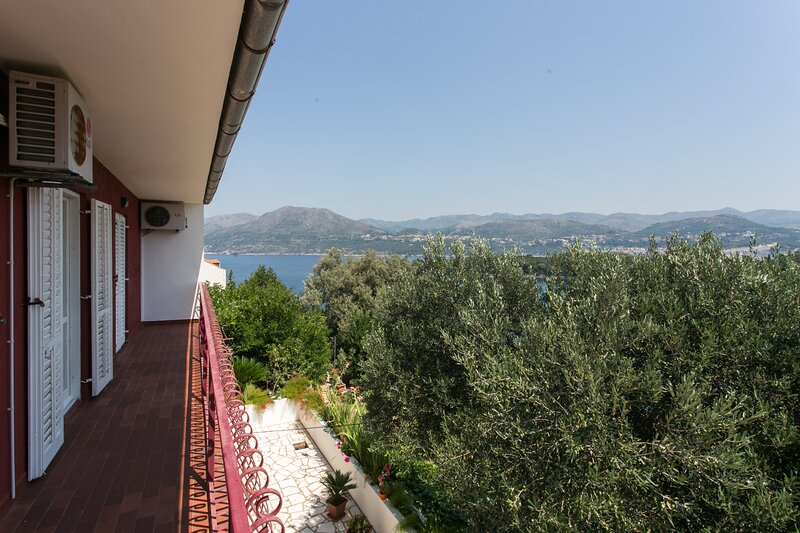 Guest House Oreb - Comfort Double Room, holiday rental in Kolocep Island