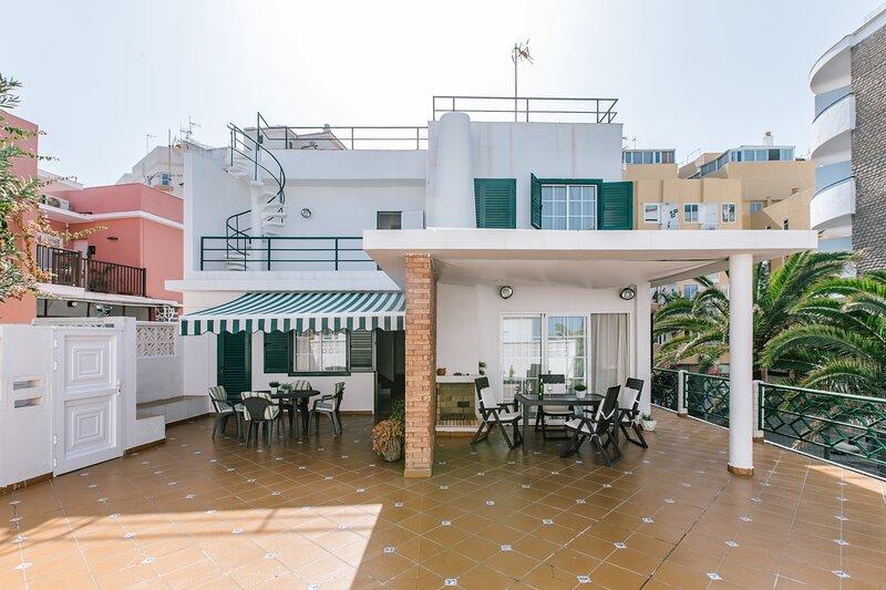 Casa familiar centrica en zona de costa – semesterbostad i Puerto de la Cruz