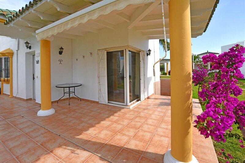 SJPD143M BEAUTIFUL BUNGALOW NEAR THE SEA, holiday rental in El Pozo del Esparto