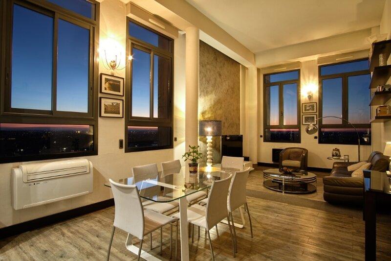 Le 18 Penthouse de luxe - Havre dintimite et dexcellence, holiday rental in Balma