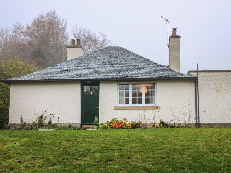 East Cottage, Cupar, Fife, casa vacanza a Luthrie
