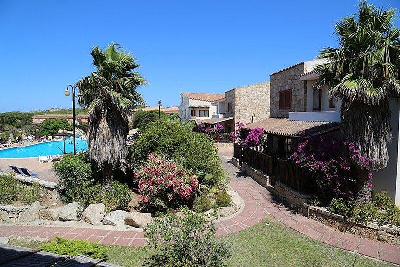 Apt. Capo Dorso 2BA, shared Swimming Pool, casa vacanza a Le Saline