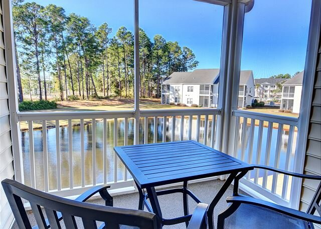 Peaceful Retreat in the heart of Carolina Forest, vacation rental in Conway