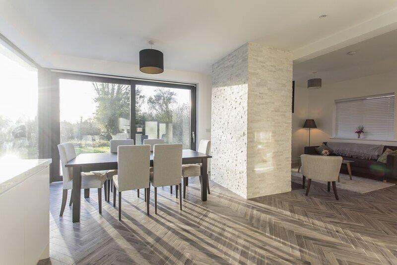 Clontarf Cottage Super Renovation, holiday rental in Skerries