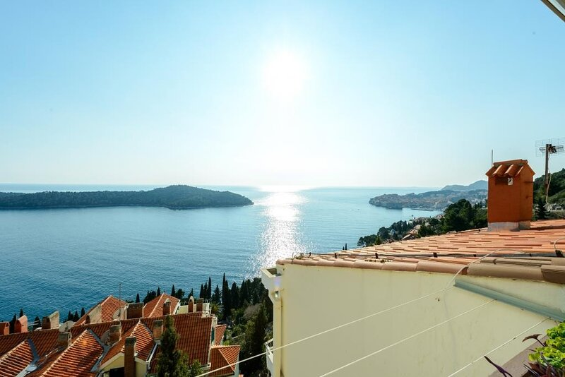 Sea View Apartments - One Bedroom Apartment with Balcony and Sea View -Darijo, holiday rental in Gornji Brgat