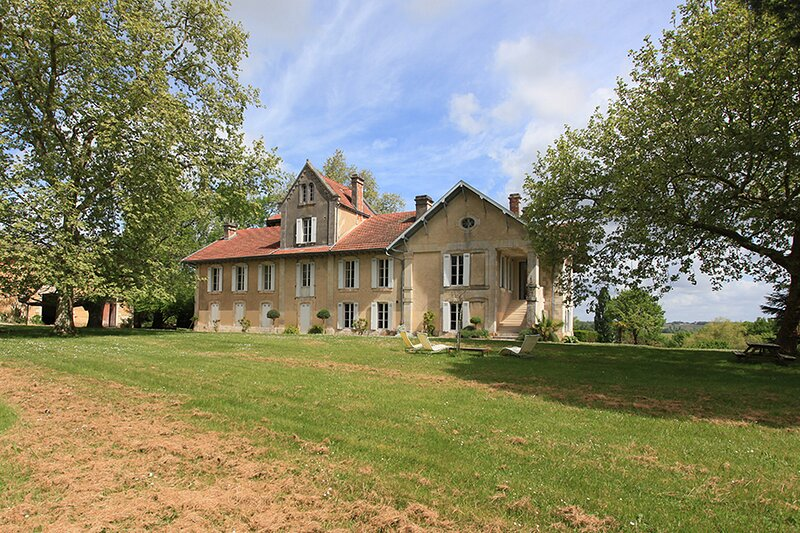 Le Petit Chateau, holiday rental in Reignac
